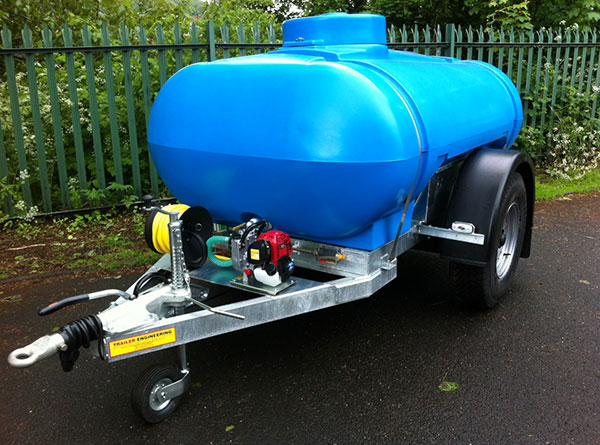 2000-Litre-Flower-Waterer-EU-Highway