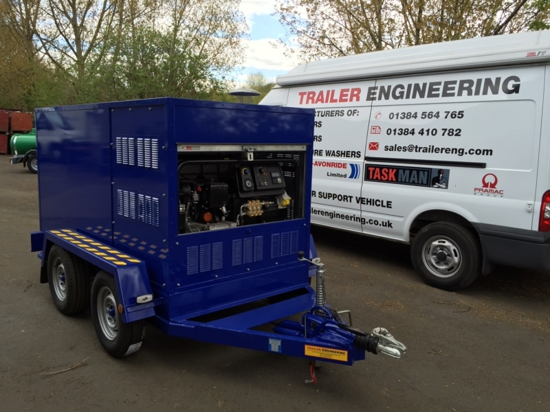enclosed Hot Wash water Trailer