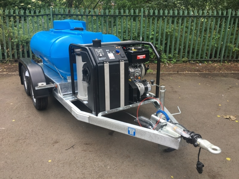 1125 litre water trailer with hot washer pressure washer