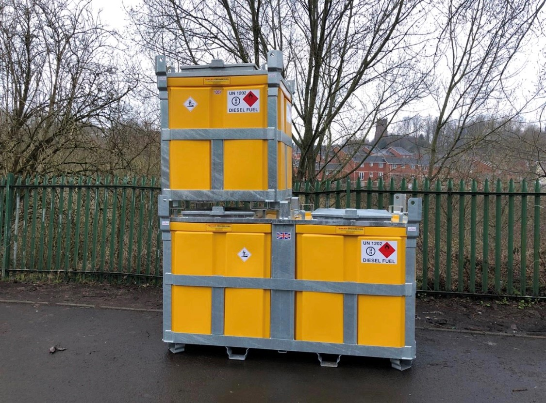 950 litre and 2000 litre fuelcube 2000 Litre U.N. Approved Bunded Diesel Polycube Trailer Engineering