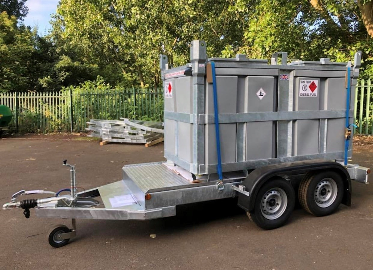 canada trailer fuelcube 2000 Litre U.N. Approved Bunded Diesel Polycube Trailer Engineering