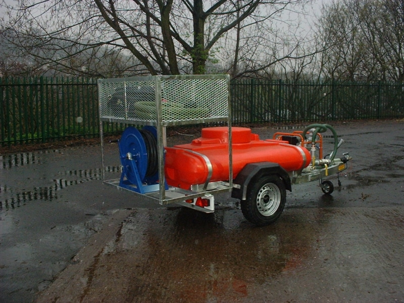 London Borough Of Ashtead Common Fire fighting waterBowser 007